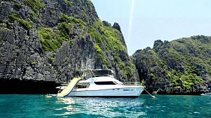 Phi Phi Sea Through by Yacht (Program MP)